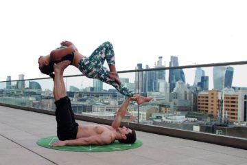 Zdravotní acroyoga a fyzio jóga
